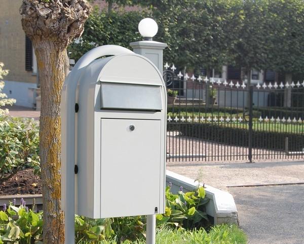statief bobi brievenbus