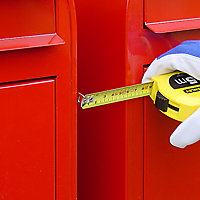 brievenbus naast elkaar meten