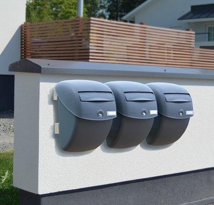 brievenbus aan muur