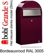 Brievenbus Bobi Grande S bordeauxrood RAL 3005