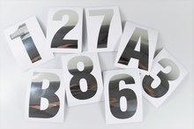 Huisnummer-stickers-Zilver-RVS-look-10CM