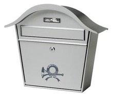 brievenbus met posthoorn